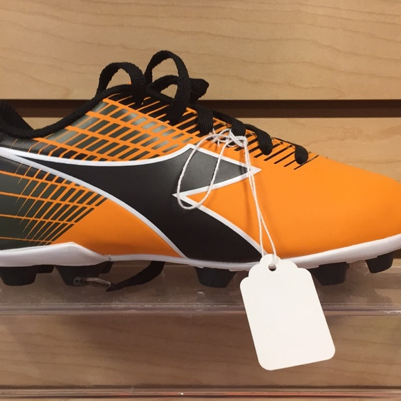 78d848be Diadora youth soccer Cleats Boutique
